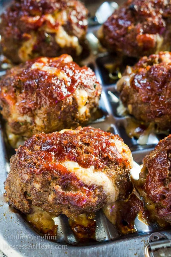 Lightened-up Cheesy Meat Loaf Minis