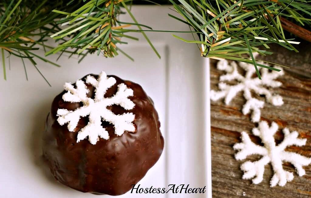 Snowflake Chocolate Bundtlettes are just a little more special than a cupcake and small enough that each person can enjoy one all to themselves. - HostessAtHeart