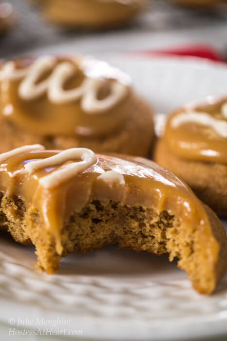 Spiced Coffee Cookies With Caramel Vanilla Glaze are tender and delicious with a soft and gooey caramel. These cookies are like a delicious coffee latte.