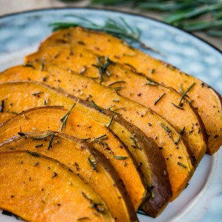 There isn't anything much easier to prepare, or tastier than Grilled Sweet Potato Packets. Sweet Potato packets are just delicious on their own or make an amazing side dish | HostessAtHeart.com