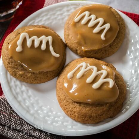 Spiced Coffee Cookies With Caramel Vanilla Glaze are tender and delicious with a soft and gooey caramel. These cookies are like a delicious coffee latte | Hostess At Heart