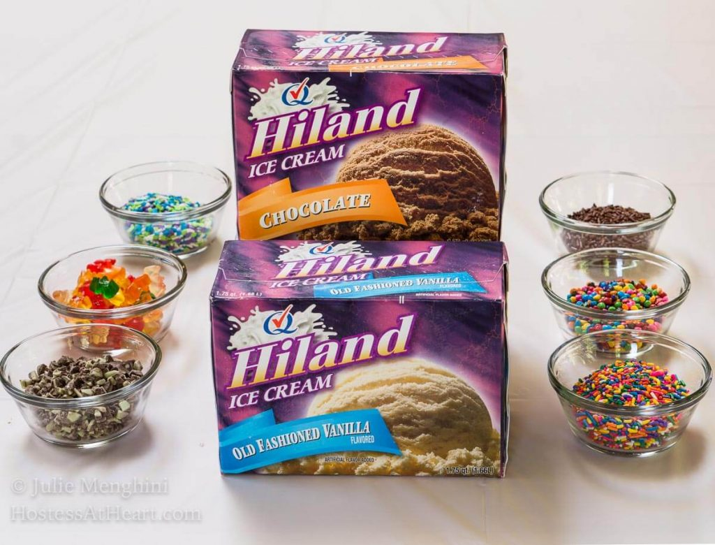 Super Fun Summer Ice Cream Pops with Hiland Dairy make a perfect and delicious summer activity for the whole family. | HostessAtHeart.com