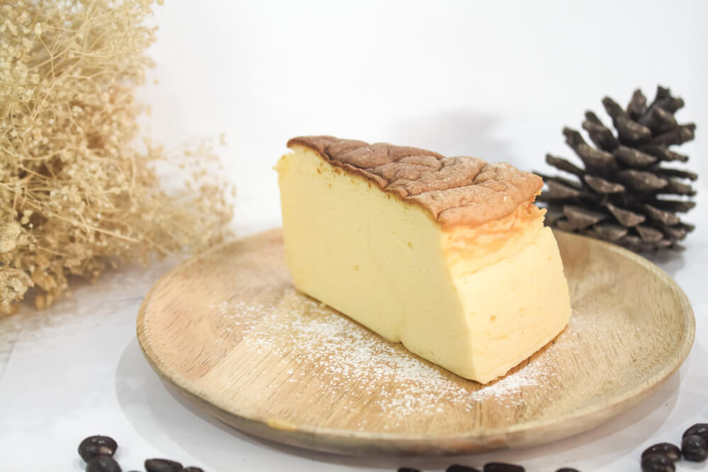 The Fluffiest Japanese Cheesecake Anyone Can Make | Sumo Chef.com