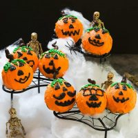 There's nothing scary about making or eating these Old Fashioned Cocoa Cake Pumpkins!   HostessAtHeart.com